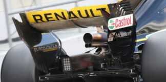 Renault rear wing and diffuser