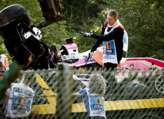Formula 2: The car wreck being removed after the crash