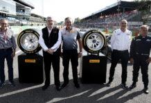 Ross Brawn, Mario Isola, Jean Alesi, Pirelli 18 inch tyres