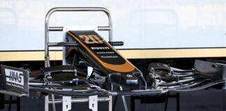 Haas VF-19 front wing
