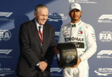 Alan Jones, Lewis Hamilton